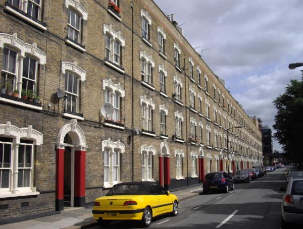 Name:  [NO_FX.txt]Pullens_Buildings_Amelia_Street_-_geograph.org.uk_-_1447434.jpg